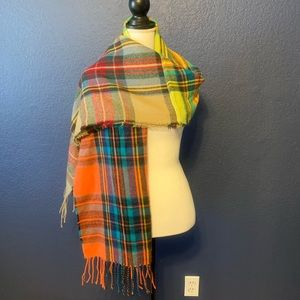 ANTHROPOLOGIE PLAID FRINGED SCARF